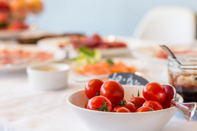 Breakfast Table Tomatoes