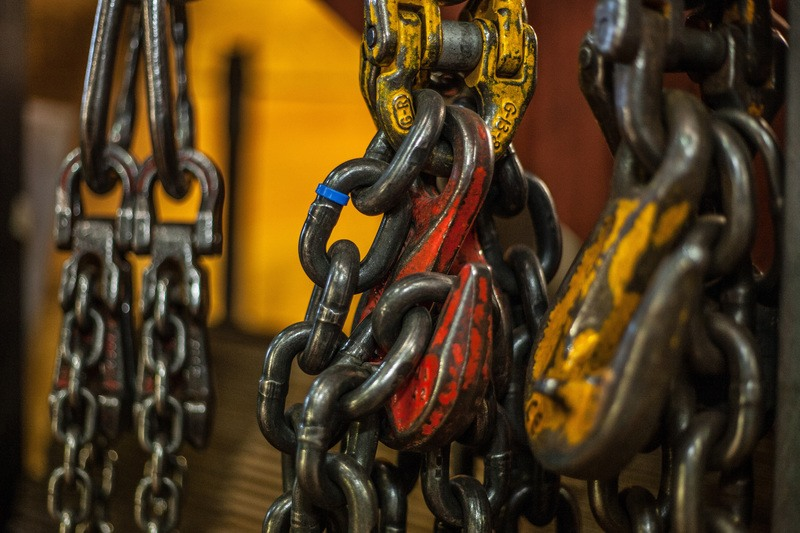 Chains & Hook
