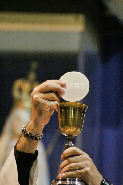 Consecration of the Body of Christ
