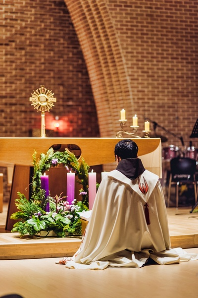 Holy Hour in Advent