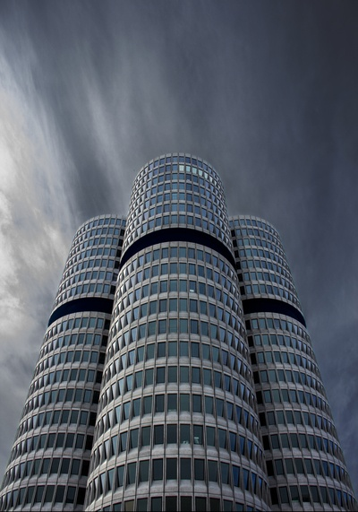 Low Angle View Fotografie von Gray Building