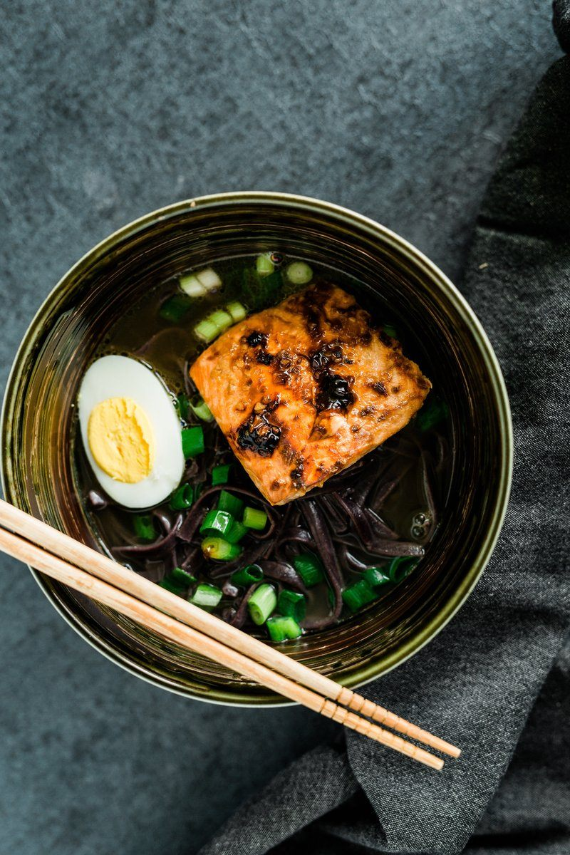 Noodles With Salmon And Egg