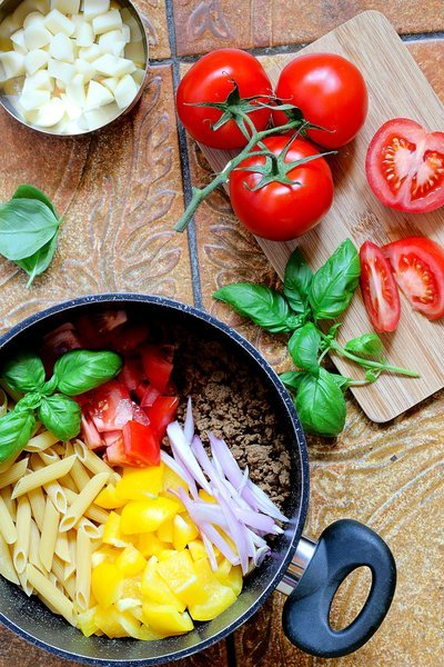 One Pot Pasta Prepped Noodles And Veggies