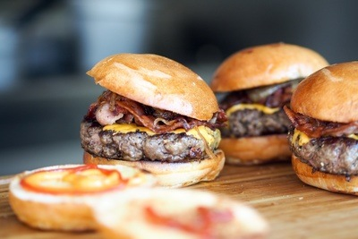 Sumptious Burgers with Bacon & Cheese