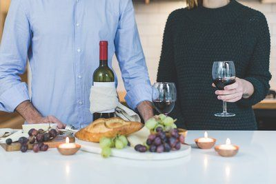 Wine And Hors D'Oeuvres
