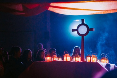 Worshipping in the Blessed Sacrament