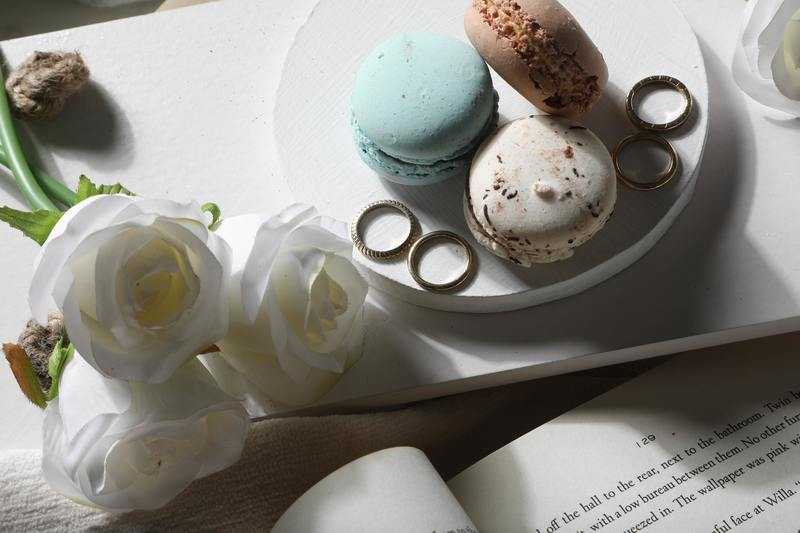 Book reading and macarons