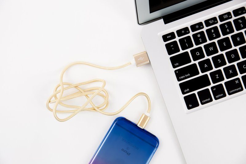 iPhone Charging Cable with Macbook